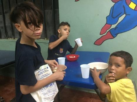 Senderos Kids and Popcorn